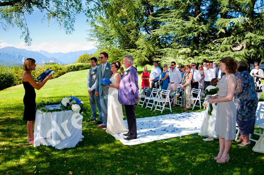The outdoors matrimony by the lake maggiore in Italy.