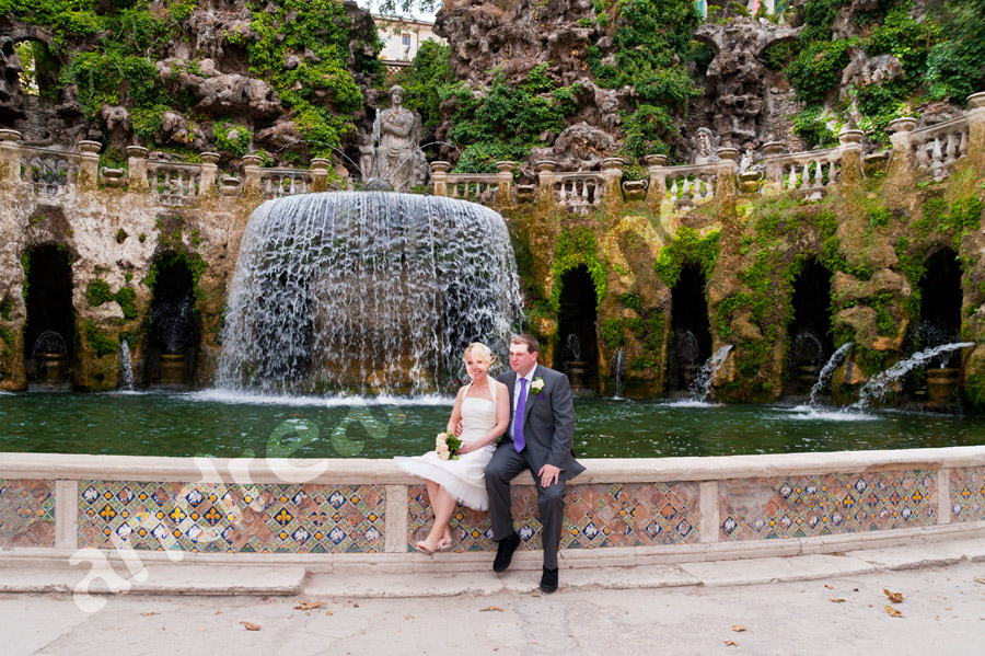 Newlyweds at Villa d'Este Tivoli Italy