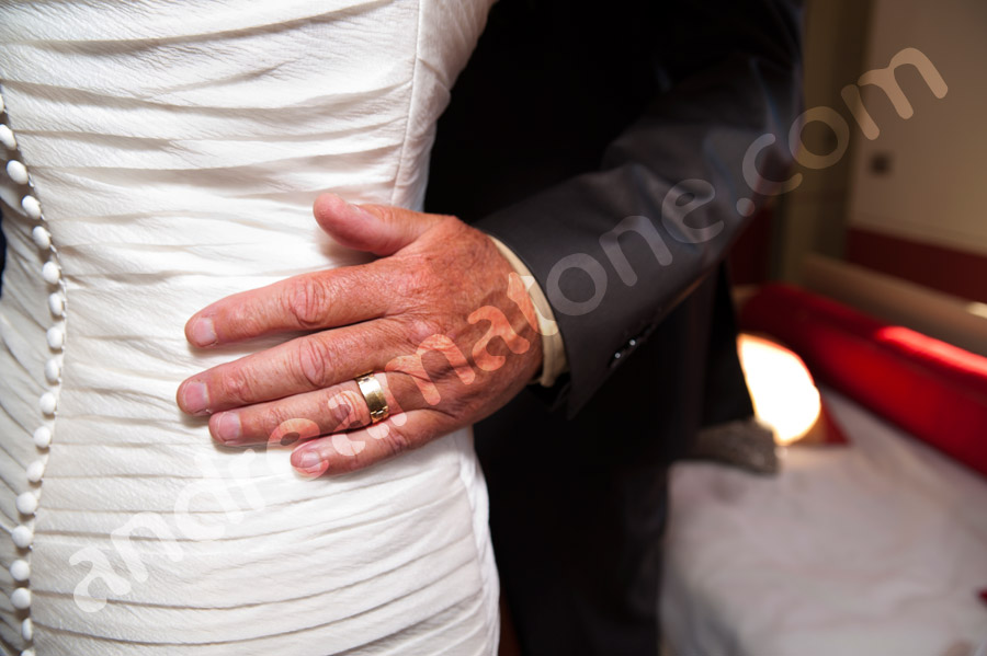 Gesture by the father of the bride before the matrimony
