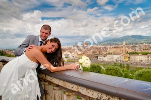 Wedding couple at Piazza Michelangelo Florence Tuscany Italy with photographers