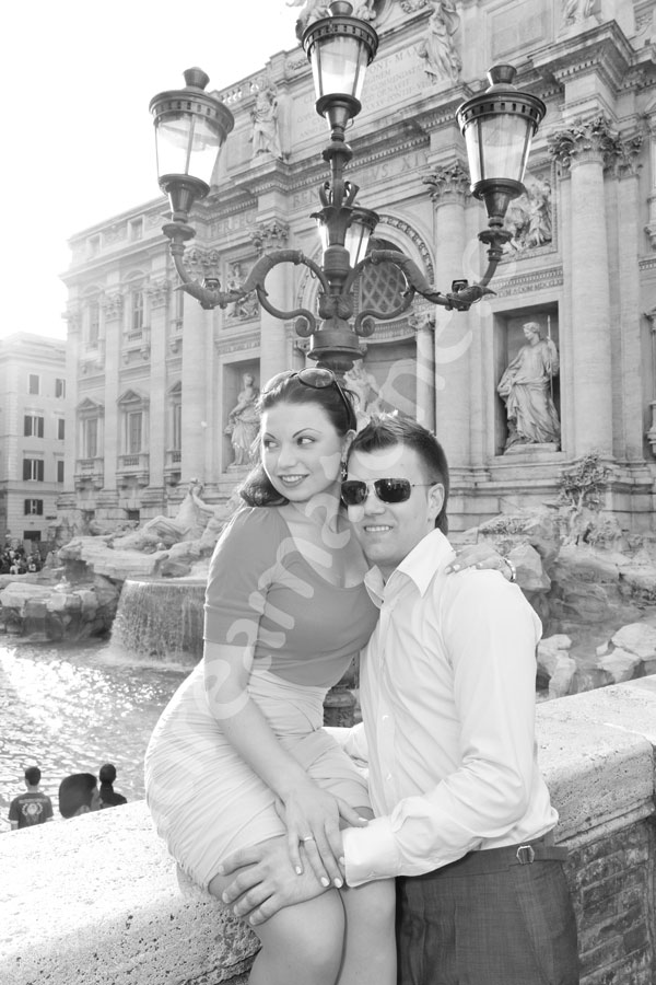 Looking sexy in black and white imagery in front of Fontana di Trevi