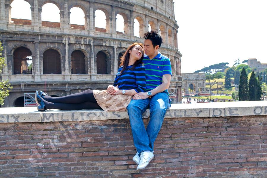A romantic relaxing spot by the Coliseum.