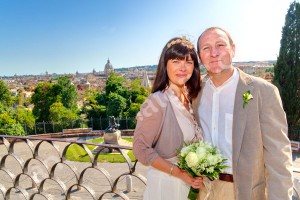 Newlyweds married in Rome Italy at Pincio park overlooking Rome