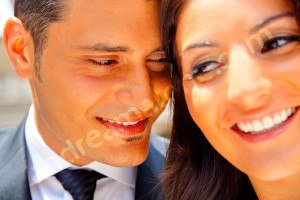 Close up picture of a man and a woman