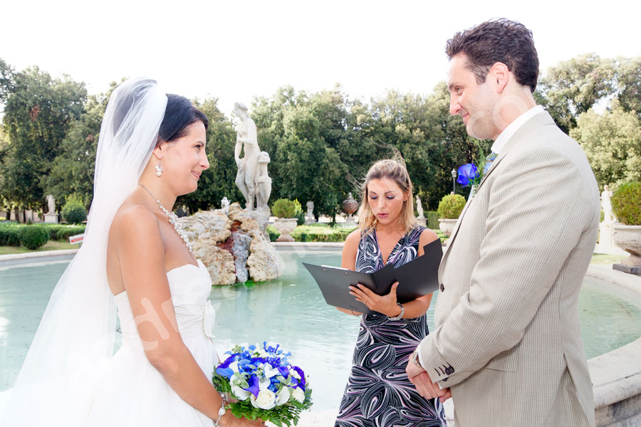 The wedding ceremony celebrated in park Villa Borghese