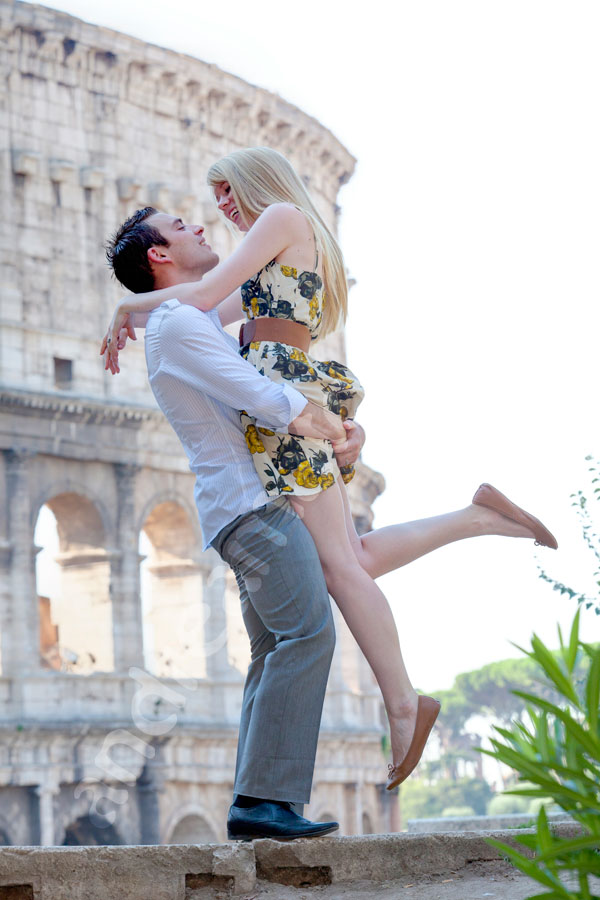 Romantic portrait in front of the ancient Coliseum