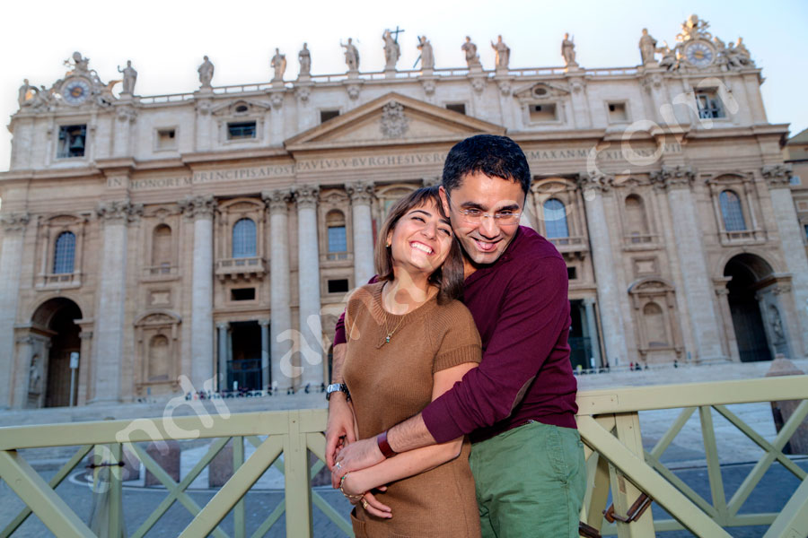Couple in front of Saint Peter's square in the Vatican