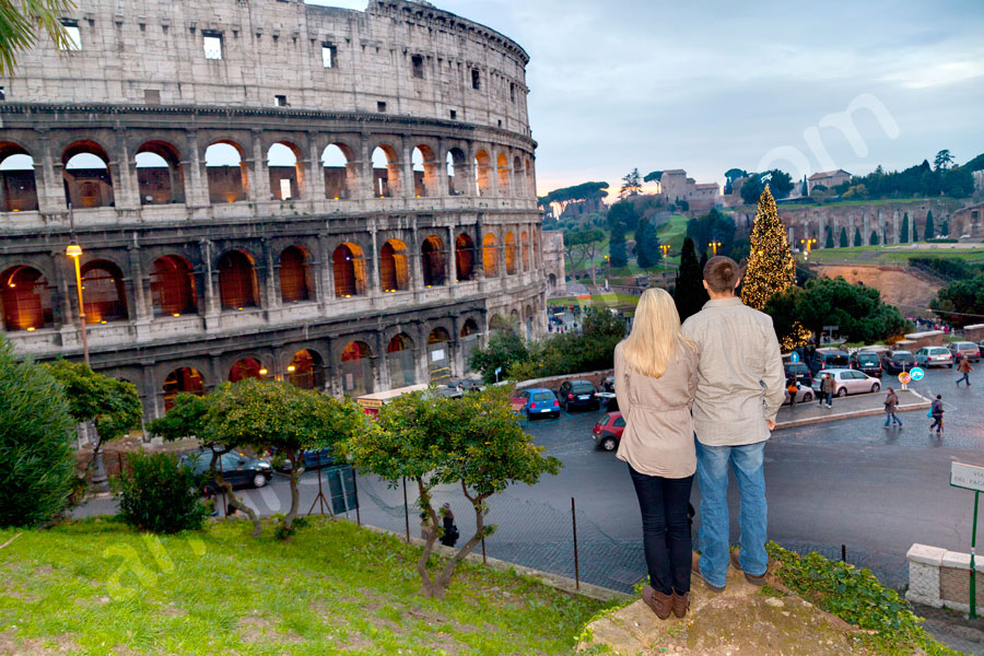 Looking at the Roman Coliseum in the evening