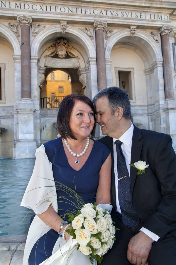 Couple just married during the shoot at the Fontanone water fountain