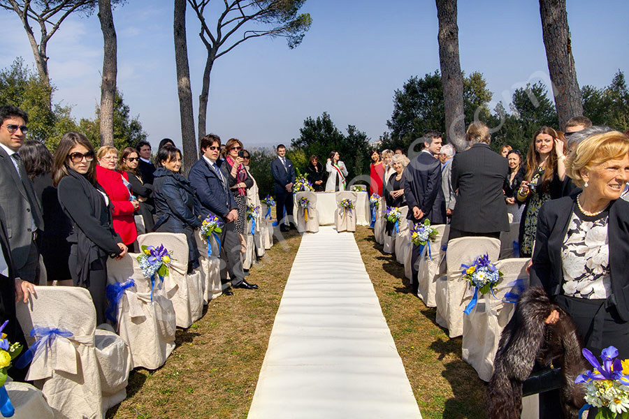 The civil ceremony  in the open air in Gallese