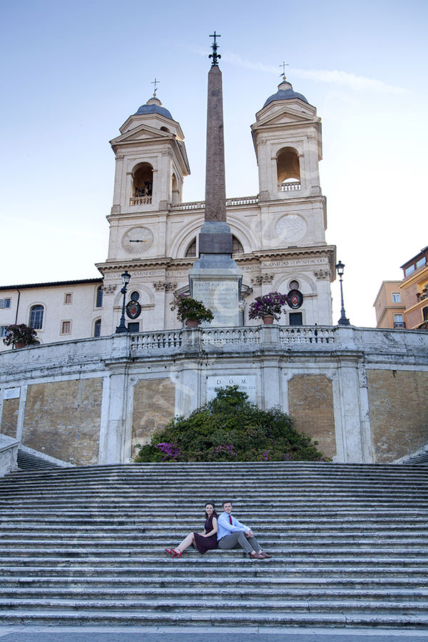 Engagement pictures. Early daylight shoot on the Spanish steps