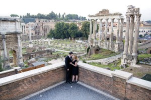 Couple photographer session at the roman forum in Rome Italy