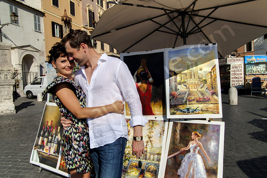 Posing by romantic paintings on Trinita' dei Monti