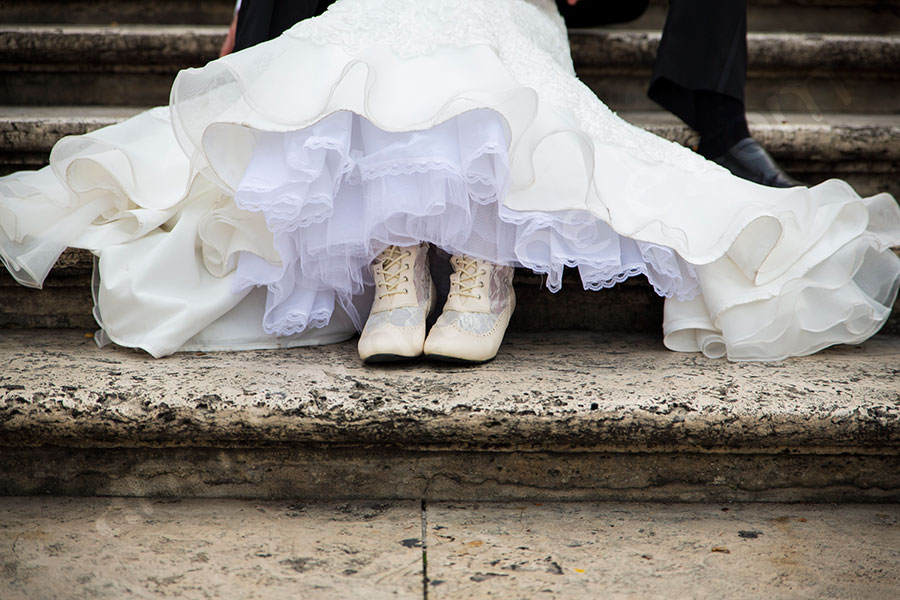 Bridal shoes on the Spanish steps.