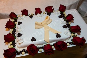 The wedding cake made at ristorante Les Etoiles in Rome Italy