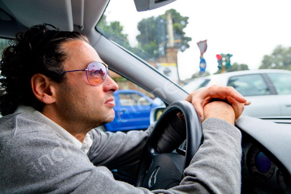 Car driver Rome hire a rental car with chauffeur