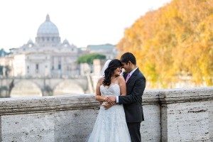 Romantic picture of a newlywed couple in Rome Italy
