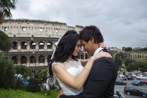 Romance in Rome Italy during a photographer session