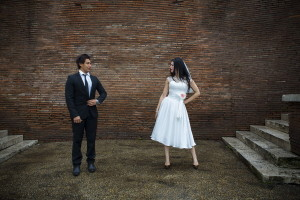 Wedding photo shoot session on Via dei fori Imperiali in Rome color photos