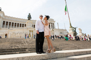 Couple posing at Piazza Venezia in Rome Italy
