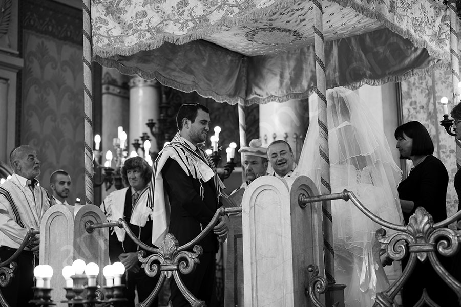 Jewish matrimony at the Roman Synagogue