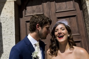 Smiling and having a good time during the photography wedding session in Tuscany
