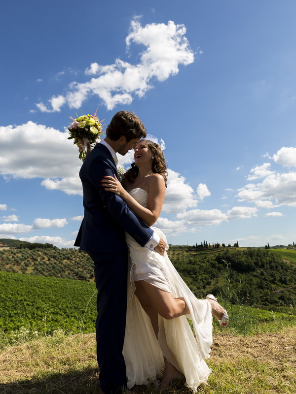 Bride and groom together during a wedding photography photo shoot in Tuscany