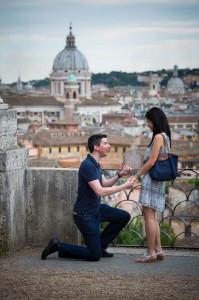 Marriage proposal at Parco del Pincio in Rome