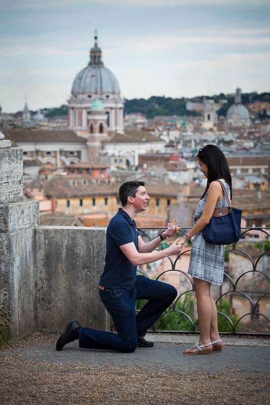 Marriage proposal at Parco del Pincio in Rome