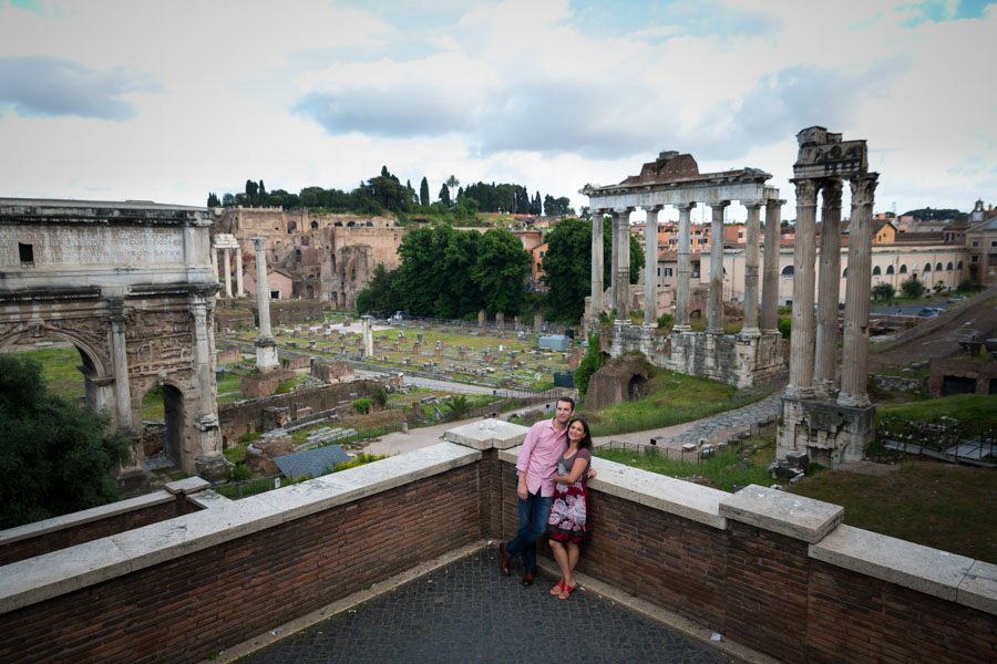 A view of a couple above from the Forum. Fori Imperiali.