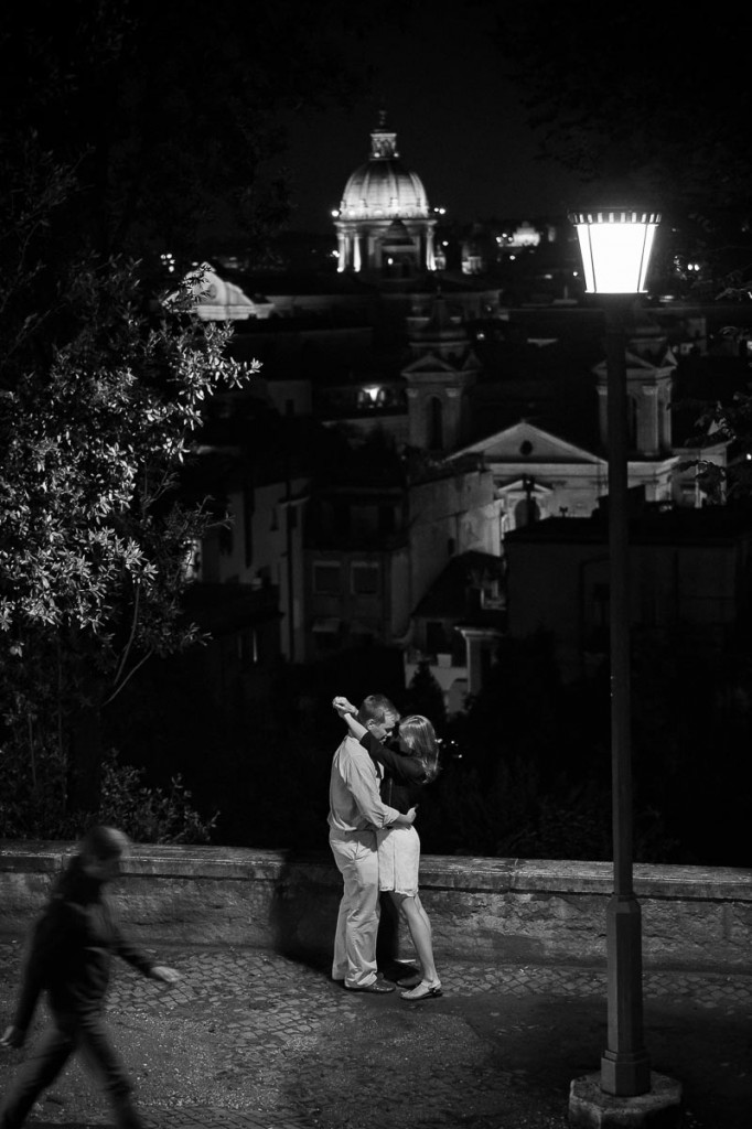 Surprise marriage proposal in Rome. Black and white.