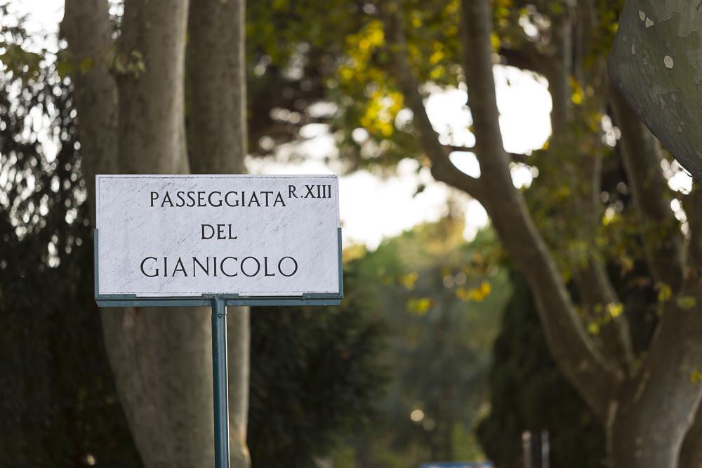 Passeggiata del Gianicolo sign.