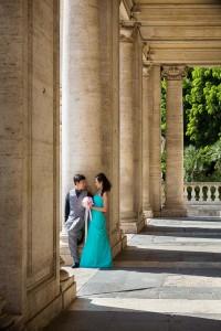 Matrimonial shoot underneath columns and portico.