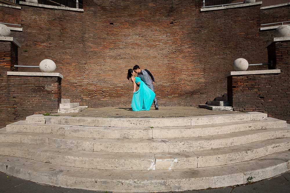 Pre wedding photography in Rome Italy. Image by Andrea Matone photographer.