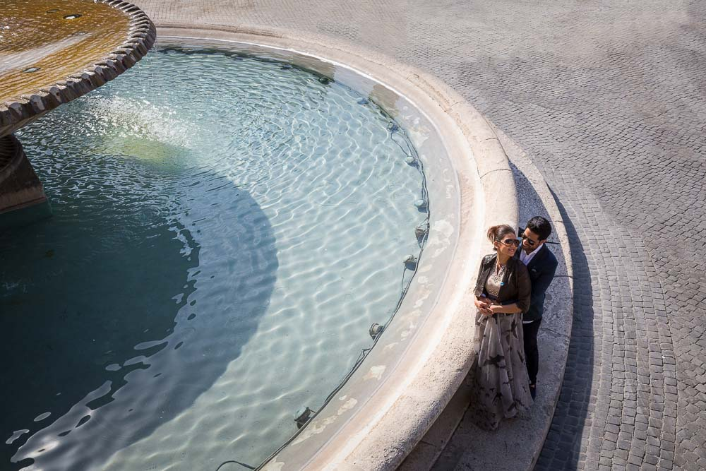 Water fountain. Engagement photo shoot video. Piazza del Popolo. Rome, Italy.