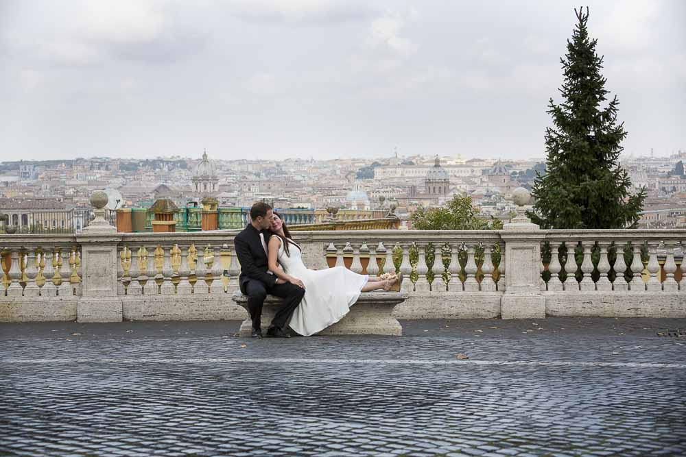 Honeymoon photo session overlooking the city of Rome from above.