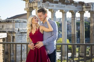 Engagement like picture session at the ancient forum in Rome.