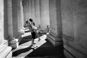 Vatican square Rome Engagement session in black and white.
