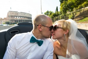 Wedding photography at the Colosseum in Rome Italy.