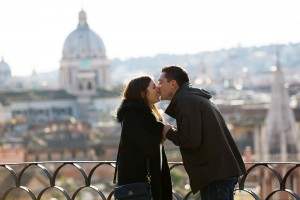 Kissing wedding love story from Parco del Pincio for a marriage proposal