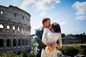 Kissing and in love in Rome Italy