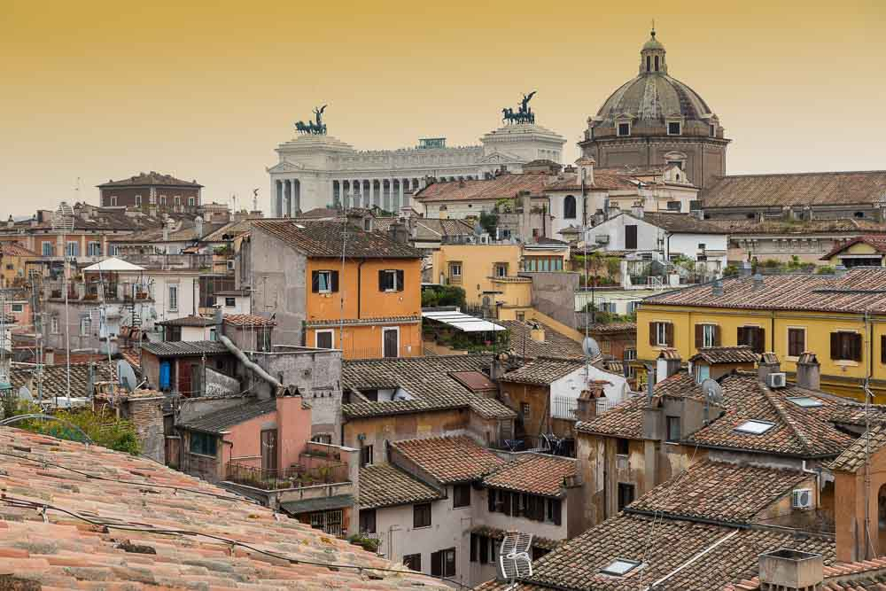 Roman skyline rooftop picture of Rome