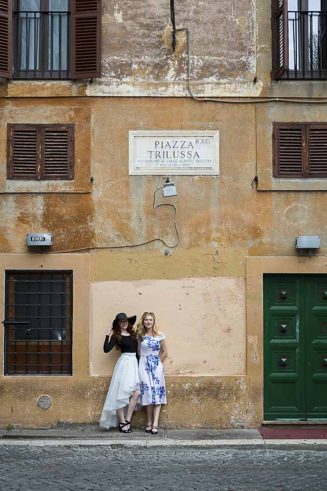 Photoshoot session at Piazza Trilussa in the heart of the roman city