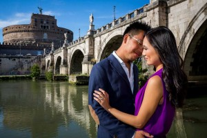 In love in Italy. Photo session under the St. Angelo bridge