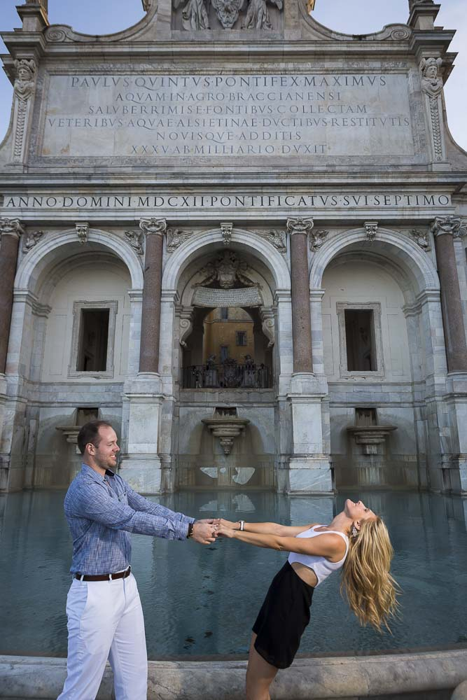 Lifestyle imagery under the Gianicolo water fountain in Rome