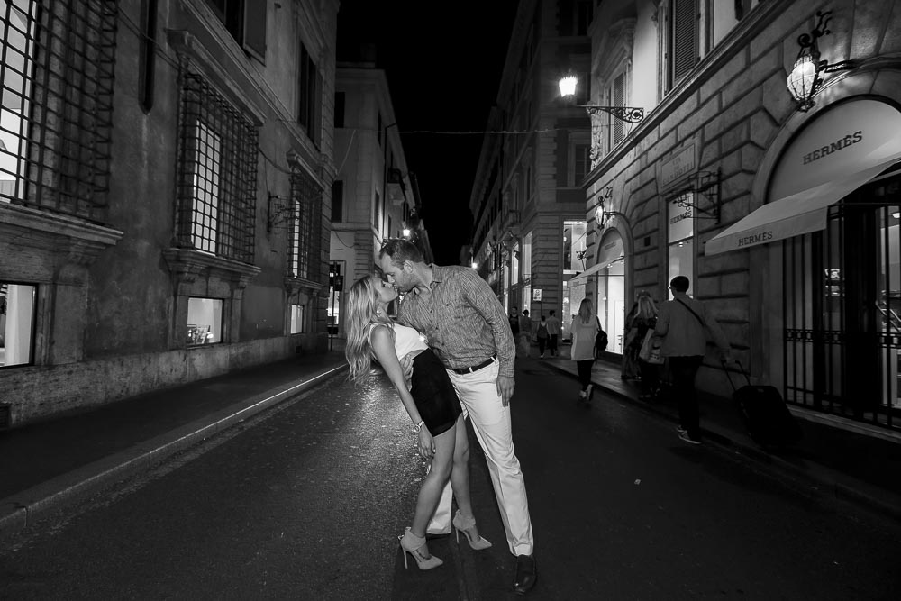 In love in Rome Engagement photo shoot. Black and white photography.