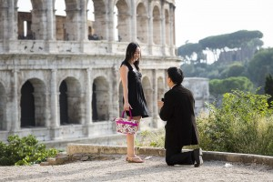 Will you marry me? Wedding proposal at the Roman Colosseum in Rome