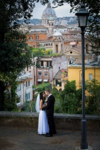 In love in Rome Wedding photo session