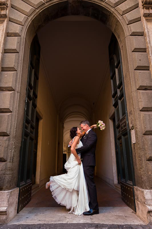 Scenic wedding photography in Rome Italy