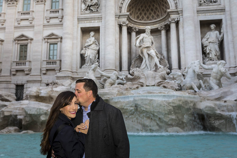 Couple photoshoot portrait at the trevi fountain